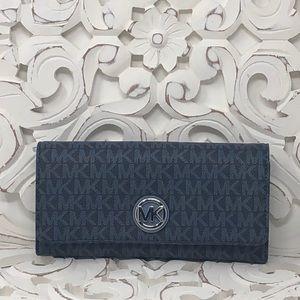 NWT Michael Kors Fulton continental wallet